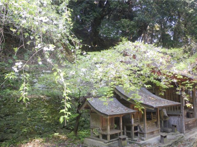 勝占神社1